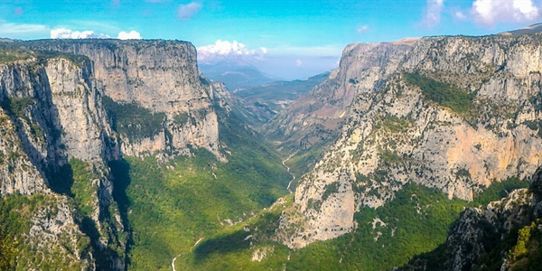 Hiking to Vradeto Steps and Beloi in Zagori, Greece